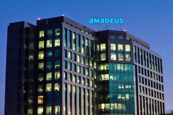 TravelClick Amadeus