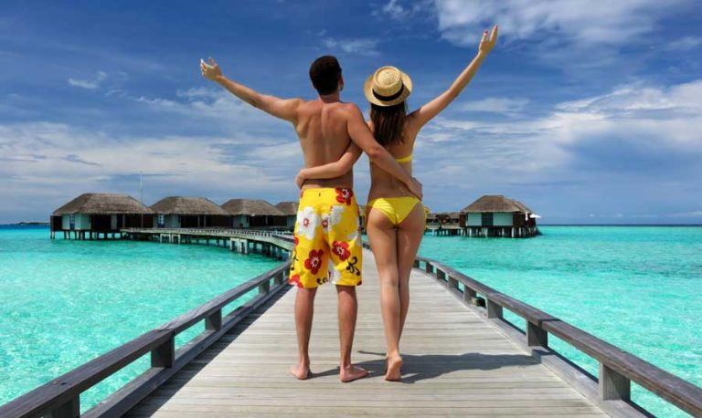 package holiday couple